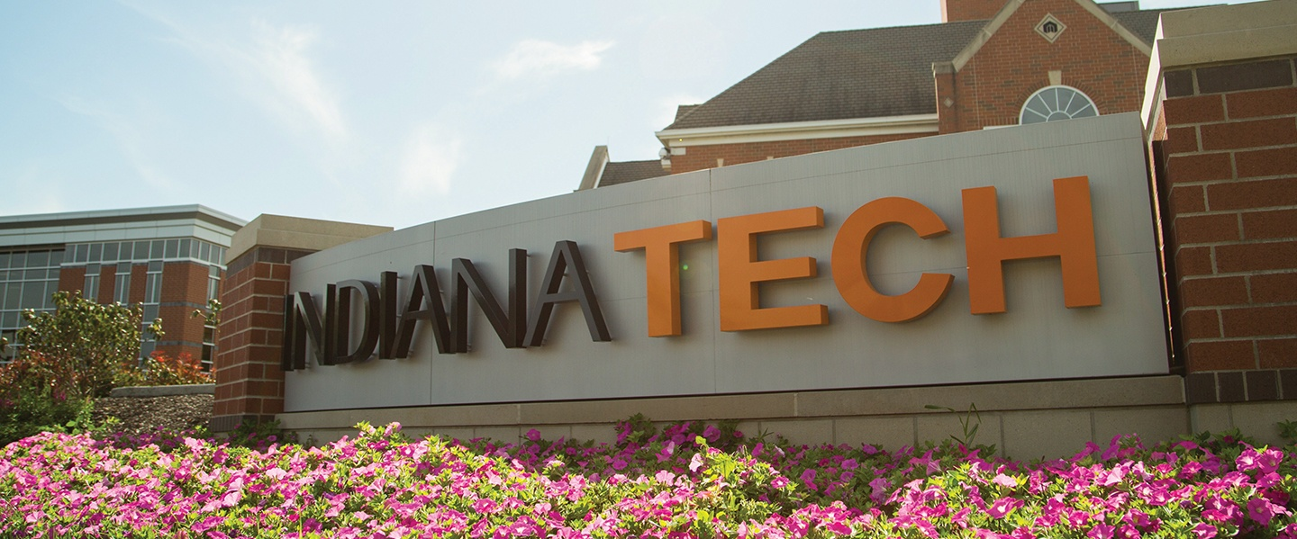 A sign showing the Indiana Tech logo